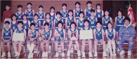 伊江小学校:女子チーム